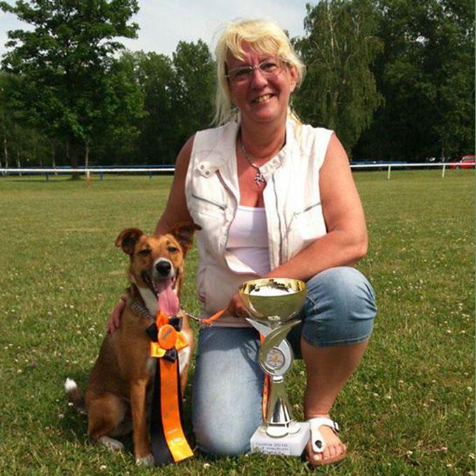 Angela mit Hund